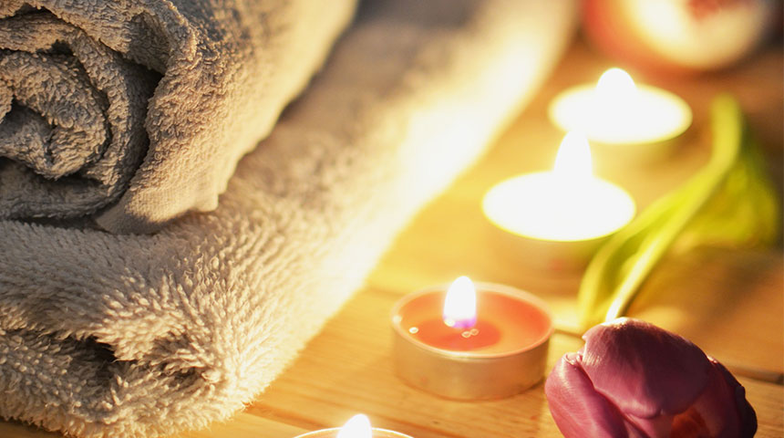 candle - Make Your Bathroom More Luxurious With These Cheap Hacks